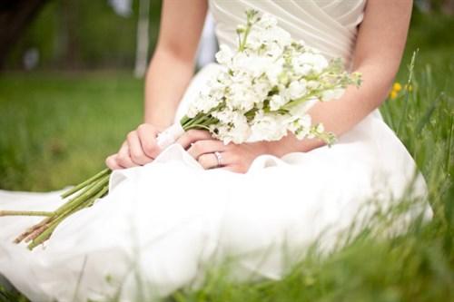 Nurse-helps-save-brides-life.jpg
